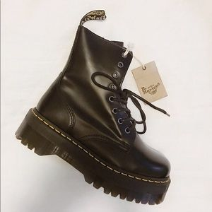 Dr. Marten's Jadon Platform Boot
